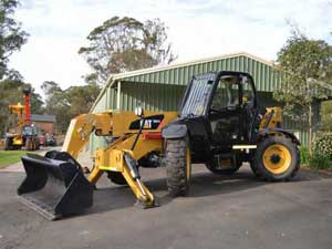 CAT TH414 Telehandler
